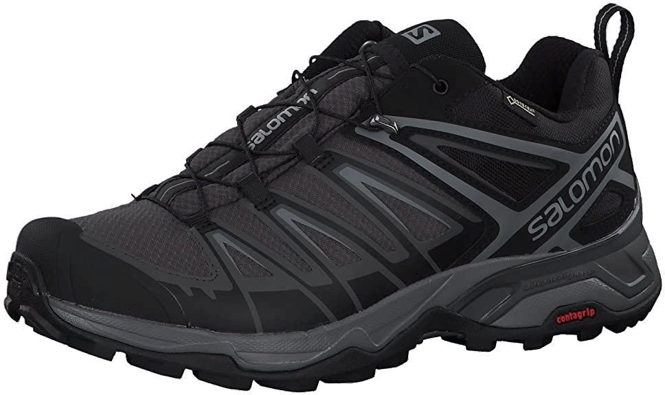 This is a close-up photo of the Salomon X Ultra 3 GTX shoe for men in black and gray color.